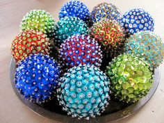 DIY Christmas Ornaments! All you need is a styrofoam ball, sequins and pin.