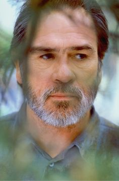 Tommy Lee Jones - great actor of all times!