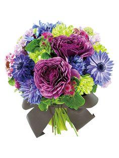 マルタ 可愛らしいフォルムの花だけを集めたパリテイストのスタイル。
