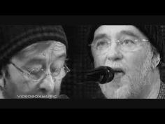 Lucio Dalla & Francesco De Gregori - 4 Marzo 1943 - YouTube