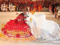 Garantido emociona público na primeira noite do Festival de Parintins! (Brasil)