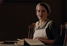 downton abbey season 5: Daisy and her books