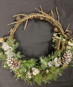 Grapevine Wreath, Grape Vines, Diy Projects, Wreaths, Ideas, Home Decor, Decoration Home, Door Wreaths, Room Decor