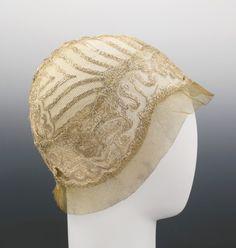 Lanvin, circa 1925.  Let's bring back classy hats!