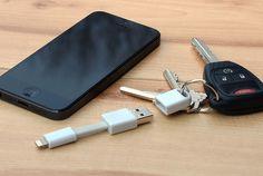 抜群の携帯性!iPhone / iPad 用 超小型Lightningケーブル
