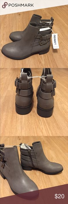 Old Navy grey ankle booties Perfect condition. Never worn Old Navy Shoes Ankle Boots & Booties