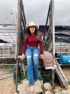Summer Cowgirl Outfits, Cowboy Outfits For Women, Cowgirl Style Outfits, Country Style Outfits, Rodeo Outfits, Winter Boots Outfits, Cute Outfits, Dress Outfits, Fashion Outfits