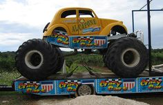 Monster Truck Picture - al capone Monster Jam, Big Monster Trucks, 4x4 Trucks, Custom Trucks, Lifted Trucks, Truck And Tractor Pull, Tractor Pulling, Best Atv, Volkswagen