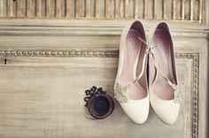 Vintage Emmy Bridal Shoes Bride Elegant Classic Rustic Touches Wedding http://studiorouge.co/