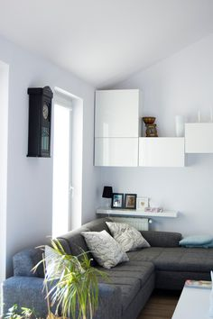 Use BESTÅ cabinets as a fun wall feature, and store your things inside and on… Built In Sofa, Cozy Reading Corners, Compact Living, Interior Decorating, Interior Design, Cozy Living Rooms, Finding A House, Game Room, Interior Inspiration