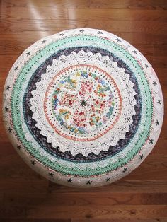 dottie angels stool cover, would also look lovely as a circle cushion. how does she manage to stay industrious and not suffer from RSI? admiration much.