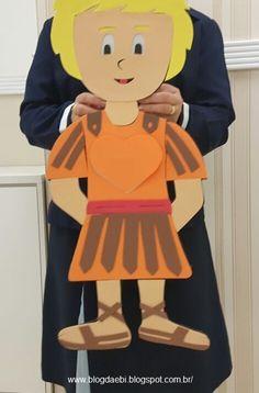 Uma sugestão muito Simples é montar dois bonecos em tamanho grande para quem turmas muito grande, ou tamanho A4 para turmas com menos cria...