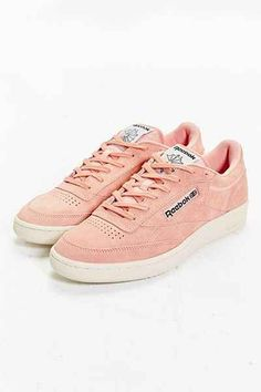 703505d57d3a6 Reebok Club C 85 pastel sneaker in coral