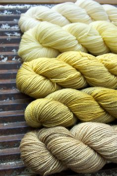 Yellow Ombre Set - Fingering mini skein - 100% Superwash British BFL - TWIST - Yellows