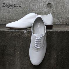 Des derbies intemporelles Adidas Sneakers, Shoes, Unique, Style, Fashion, Shoe, Weddings, Swag, Moda