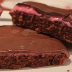 Himbeer Cookies 'n' Choclate Brownies - Schokotraum mit Fruchtkuss ; Choclate Brownies, Marshmallow, Raspberry, Cookies, Desserts, Baby, Food, Chocolate, Kuchen