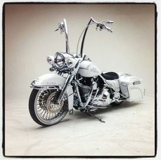 Harley Davidson Knucklehead Love the classic look on a bike! Description from pinterest.com. I searched for this on bing.com/images
