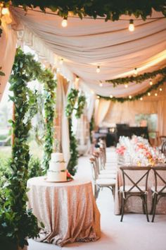 Boda moderna y glam por Bella Paris Designs.