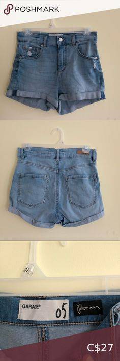 Garage Blue Denim Shorts Super soft and stretchy Garage size 5 shorts! They are denim shorts but the material is similar to Jeggings. I typically fit into pants size 2-6, so you don't need to be a 5 to work these! They are a little bit distressed, which is how I bought them. They have hardly been worn, are comfortable and are in awesome condition! 💎 All purchases are washed before shipping and come from a quarantined home :) 💎 jeans - distressed - light denim - baby blue - trendy - casual… Light Denim, Dark Denim, Blue Denim, Black Jean Shorts, Denim Shorts, Black Jeans, High Waisted Distressed Jeans, Distressed Denim, Boyfriend Jean Shorts