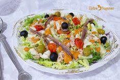 Ensalada de Bacalao Xatonada - entre3fogones.com Sandwich Recipes, Salad Recipes, Tuna Egg Salad, Classic Egg Salad Recipe, Tuna And Egg, Garlic Kale, The Healthy Maven, Tortilla Recipe, Peanut Sauce