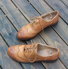 Barato Senhoras sapatos plataforma mulheres genuínas sapatos de couro sapatos Oxford para as mulheres Brogues lazer mulheres clássicos do vintage apartamentos sapatos de marca, Compro Qualidade Oxfords diretamente de fornecedores da China: Material: vaca- Couro genuíno Oxford