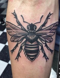 Traditional honey bee by Marc Chislett at Nostalgia Tattoo; Guelph, Ontario.
