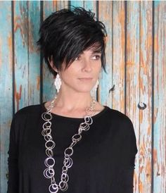 Cute short cut for all types of hair