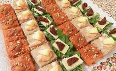 You searched for canape - Divina Cocina Veggie Recipes, Mexican Food Recipes, Cooking Recipes, Snacks Für Party, Appetizers For Party, Antipasto, Appetizer Dips, Appetizer Recipes, Ideas Para Canapés