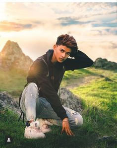 In nature, light creates the color. In the picture, color creates the light. by Dancer Best Poses For Boys, Good Poses, Ms Dhoni Story, Dc Shoes Girls, Football Workouts, Best Whatsapp Dp, Insta Models, New Pictures, Dancer