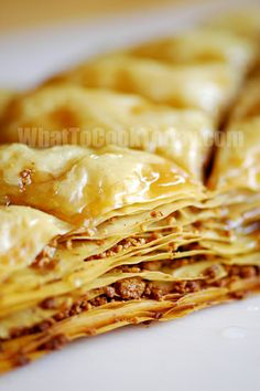 Baklava recipe - It's often used to celebrate Easter as the 40 layers of philo represent the 40 days of lent. Apple Recipes, Baking Recipes, Philo Dough, Just Desserts, Dessert Recipes, Baklava Recipe, Greek Sweets, Eat Dessert First, How Sweet Eats