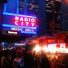 Christopher W at Radio City Music Hall  'Florence + the machine, about to start at Radio City! ' (New York, Australia)