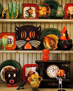 Great vintage Halloween decorations, plus thousands of neat, antiques and collectibles at the Brass Armadillo (816) 847-5260