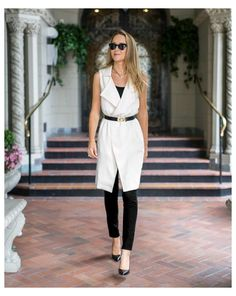Sleeveless Blazer Outfit, White Vest Outfit, Long Vest Outfit, Sleeveless Trench Coat, Vest Outfits, Chic Outfits, Sleeveless Jacket, Black Vest, Black Blouse