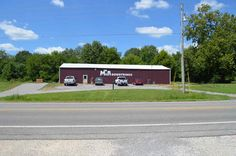 LoopNet - 3780 SF Office/Warehouse on 2.9 Acres, Warehouse, 5210 US Highway 45 South, Harrisburg, IL