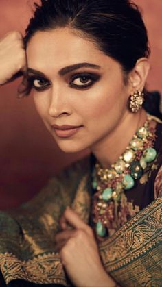 Deepika Padukone Looks Royal As She Decks Up In Sabyasachi Saree For Reliance Foundation 10 Year Anniversary - HungryBoo Celebrity Makeup Looks, Celebrity Style, Celebrity Crush, Bollywood Celebrities, Bollywood Actress, Bollywood Style, Deepika Padukone Saree, Shraddha Kapoor, Ranbir Kapoor