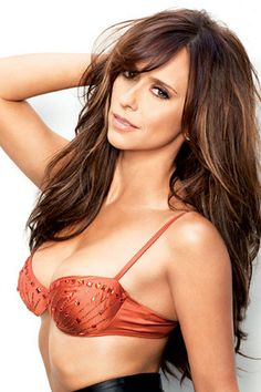 Jennifer Love Hewitt. Can I please look like this?