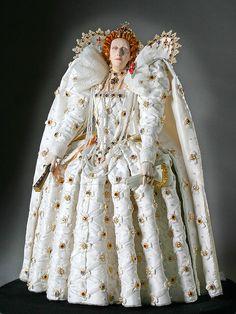 Elizabeth I  Doll: Photo by By golondrina411 on Flickr