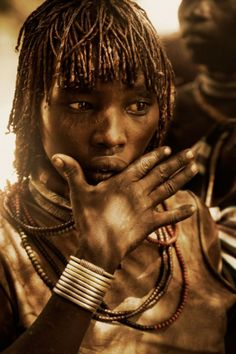 The New York photographer Diego Arroyo and his travel in Ethiopia wher he spent years picturing the ancient tribes in Omo valley: hamer, mursi, dassanesh and arbore. These tribes and few smaller form the population of Great Rift Valley in Africa. Their total number is appr. 200 000.