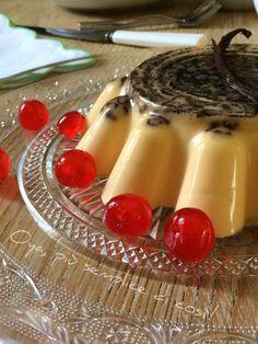 Budino+alla+vaniglia+con+gocce+di+cioccolato,+ricetta Panna Cotta, Ethnic Recipes, Dulce De Leche