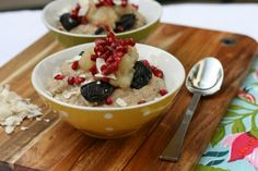 Pomegranate Quinoa Porridge [Vegan] | One Green Planet