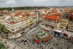 Prag-Old Town Square by pingallery on DeviantArt