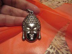 Budha necklace de Victoriaprettyangels en Etsy
