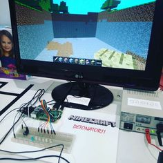 Something we loved from Instagram! Detonador #Minecraft y #raspberrypi #Electronic #programming #maker #steam #Zaragoza #jerp2016 #technology #tecnología #droidecomunidad #education by droidecomunidad Check us out http://bit.ly/1KyLetq