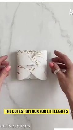 Wrapping Gifts, Wrapping Ideas, Cute Diys, Diy Box, Little Gifts, Oragami, Xmas, Christmas, Gift Boxes