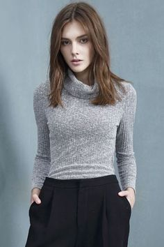 Fall fashion | Turtle neck grey sweater with high waist black trousers