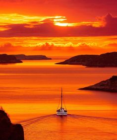 Sailing towards gorgeous sunset. Tag friends love to see one. Beautiful World, Beautiful Places, Beautiful Dream, Wonderful Places, Norway Beach, Landscape Photography, Nature Photography, Orange Aesthetic, Amazing Sunsets