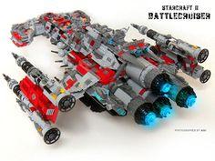 Yo sé que ya puse una entrada sobre Lego hoy, pero es que esto está genial XD Reconózcanlo, está genial  La imagen de arriba pertenece a AGI-Bear El video lo encontré Vía: The Brothers Brick