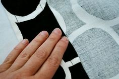 Super Simple Curtain Tutorial (How to Make a Curtain in 6 Easy Steps!) - Simple Simon and Company Sewing Hacks, Sewing Tutorials, Sewing Projects, Sewing Tips, Sewing Ideas, Super Simple, Make It Simple, Curtain Tutorial, Learn To Sew