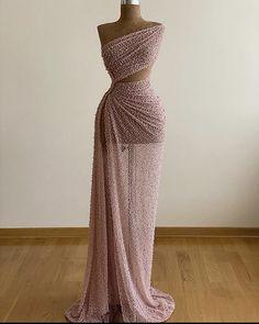 Prom Girl Dresses, Pretty Prom Dresses, Prom Outfits, Glam Dresses, Event Dresses, Unique Dresses, Cute Dresses, Beautiful Dresses, Dress Outfits