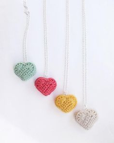 sweet, simple little crocheted hearts